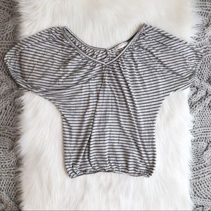 Light gray v neck stripe top